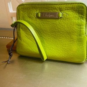 COLE HAAN LIME GREEN WRISTLET